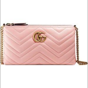 Gucci GG Marmont mini chain bag in Pink